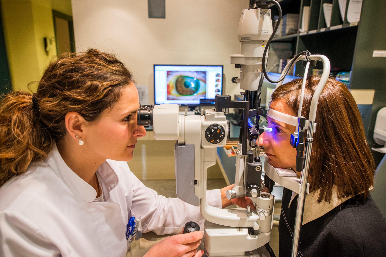 Revision oftalmologica clinica oftalmologica rubi